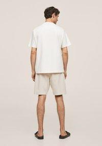 Mango - FUNCHAL - Shorts - open beige - 2