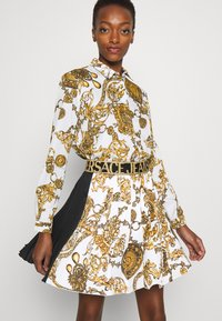 Versace Jeans Couture - SHIRT - Blouse - white/gold - 6