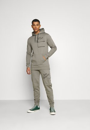 COMBAT TRACKSUIT - Trainingsanzug - grey