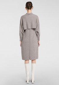 Apart - Robe en jersey - taupe - 2