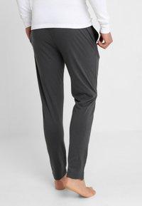 TOM TAILOR - Pyžamový spodní díl - grey dark solid - 2
