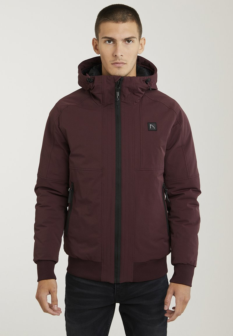 CHASIN' - Winter jacket - red