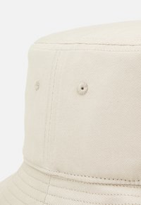 SIKSILK - BUCKET HAT UNISEX - Hat - stone/gold - 2