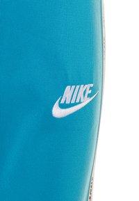 Nike Sportswear - BLOCK TAPING TRICOT BABY SET - Träningsset - laser blue - 3