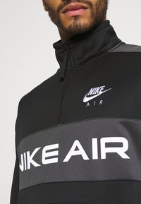 Nike Sportswear - Mikina - black/dark smoke grey/white - 5