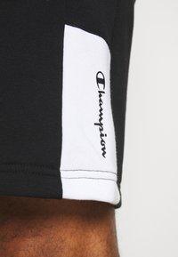 Champion - BERMUDA - Short de sport - black/white - 4