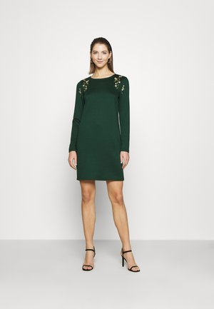 VIGIGS SHOULDER DETAIL DRESS - Jersey dress - pine grove