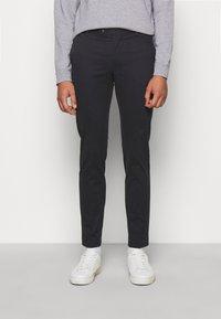 Hackett London - KENSINGTON SLIM - Chino kalhoty - navy - 0