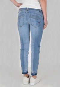 Buena Vista - Slim fit jeans - light stone wash - 1
