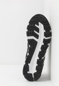 ASICS - GEL-QUANTUM 180 - Neutral running shoes - graphite grey/black - 4