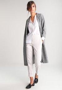 Zalando Essentials - Button-down blouse - white - 1