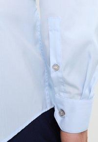 Calvin Klein Tailored - Camicia - soft blue - 4