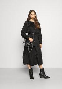 MICHAEL Michael Kors - CHAIN TIERED DRESS - Vestito lungo - black - 1