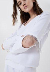 LIU JO - Sweatshirt - white with gemstones - 3