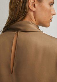 Massimo Dutti - WITH TIE DETAIL - Blouse - brown - 4