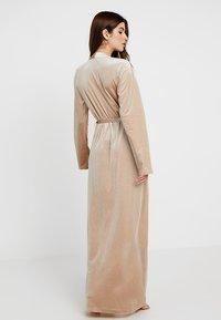 OW Intimates - KATRINA ROBE - Dressing gown - almond - 2