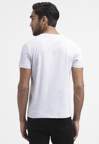 Lacoste - T-shirt basic - paladium chine - 2