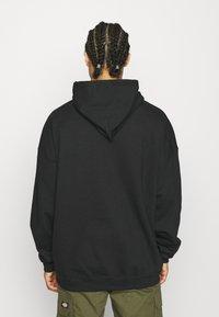 Vintage Supply - SHOOK GREMLINS HOODIE - Sweatshirt - black - 2