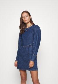 Cras - FANNYCRAS DRESS - Denim dress - denim light blue - 0