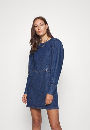 FANNYCRAS DRESS - Dongerikjole - denim light blue