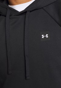Under Armour - RIVAL HOODIE - Hættetrøjer - black/onyx white