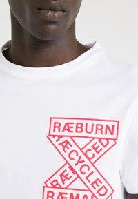 Raeburn - T-shirt con stampa - white - 5
