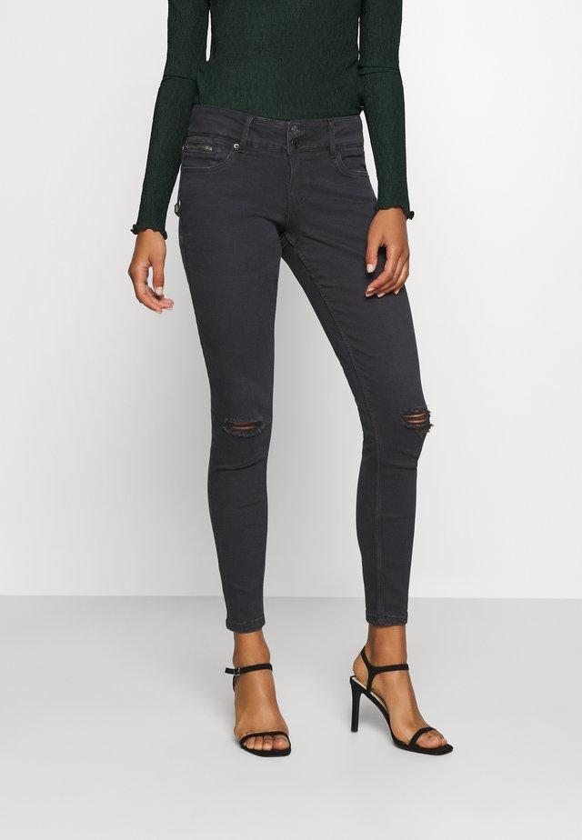 VMLATIFA  - Jeans Skinny Fit - black