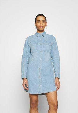 RELAXED DRESS - Vestito di jeans - blue
