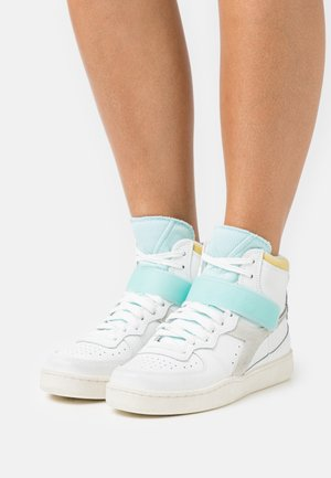 MI BASKET MID ICONA - High-top trainers - white/gold finch/blue tint