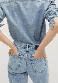 Mango - Jeans Tapered Fit - medium blue - 5