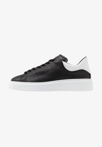 Sneakers basse - manlis black/bianco