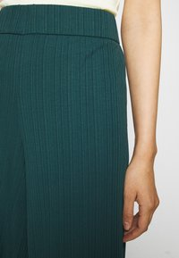 Monki - Trousers - dark green - 4