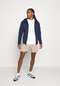 Nike Sportswear - Zip-up sweatshirt - midnight navy/black - 1