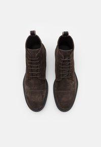 Paul Smith - MENS SHOE CUBITT CHOCOLATE - Veterboots - browns - 3
