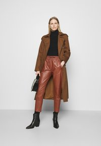 Oakwood - GIFT - Leather trousers - light brown - 1