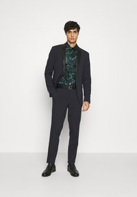 Twisted Tailor - MARON SHIRT - Camicia - green - 1