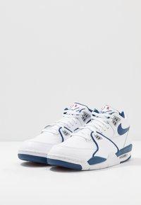 Nike Sportswear - AIR FLIGHT 89 - Vysoké tenisky - white/dark royal blue/varsity red - 3