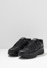 Nike Sportswear - P-6000 - Baskets basses - black - 2