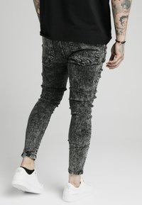 SIKSILK - SKINNY FIT ACID WASH WITH DISTRESSING - Jeans Skinny Fit - black - 3