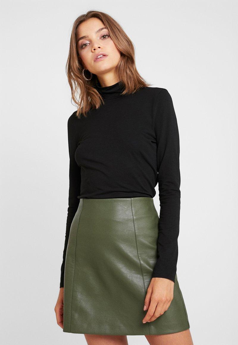 Monki - VANJA - T-shirt à manches longues - black dark