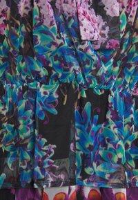 Desigual - VEST_OLIMPIA BY CHRISTIAN LACROIX - Robe chemise - black - 6