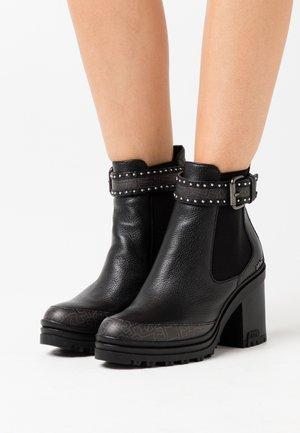 DALIA  - Kotníkové boty na platformě - black