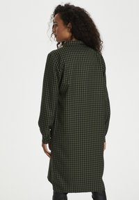 Kaffe - KASENIA - Shirt dress - dark green/ black check - 2
