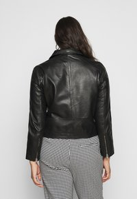Selected Femme Curve - SLFKATTY  JACKET - Kožená bunda - black - 0