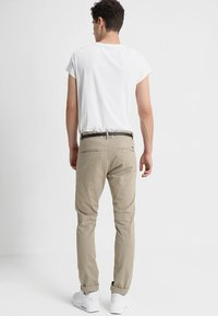 edc by Esprit - Chinot - light beige - 2