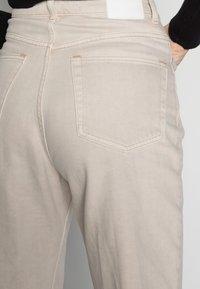 Weekday - ROWE - Jeans straight leg - wheat - 4