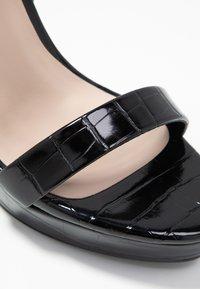 Miss Selfridge - CROC PLATFORM  - Korolliset sandaalit - black - 2