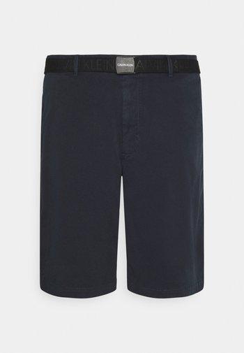 GARMENT DYE BELTED - Shorts - navy