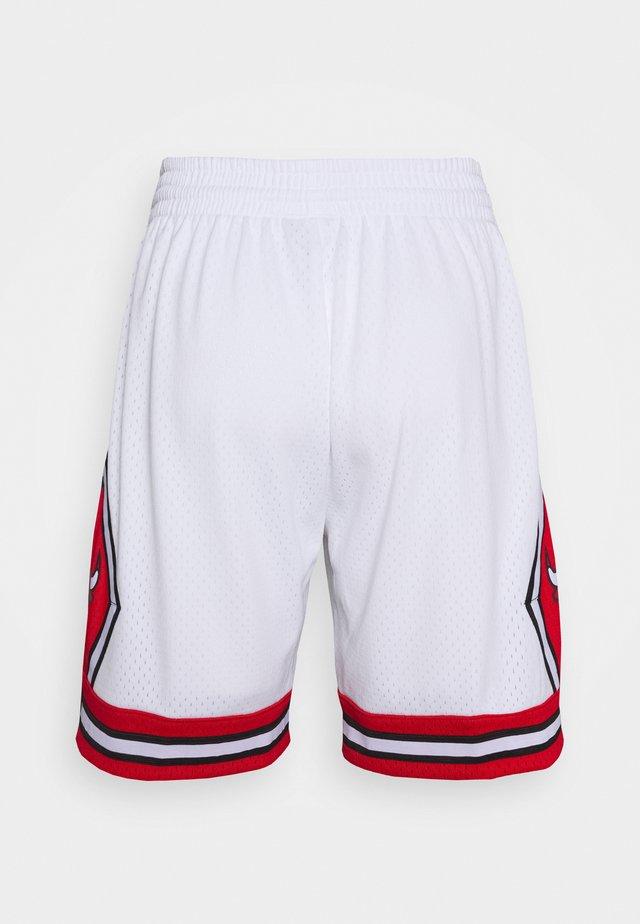 NBA CHICAGO BULLS SWINGMAN - Korte sportsbukser - white