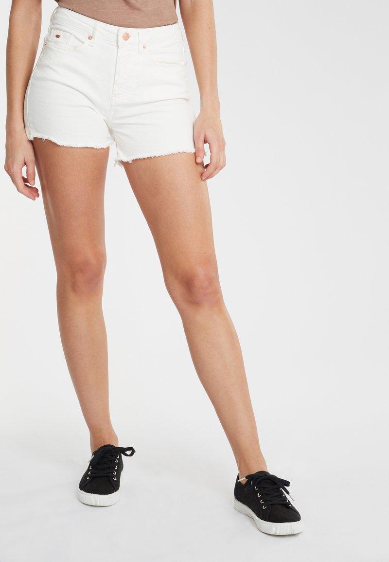 O'Neill - Denim shorts - white